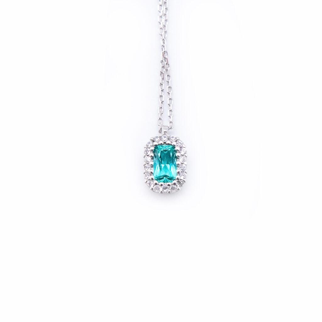 Λευκόχρυσο Μενταγιον με πρασινινη πέτρα emerald cut